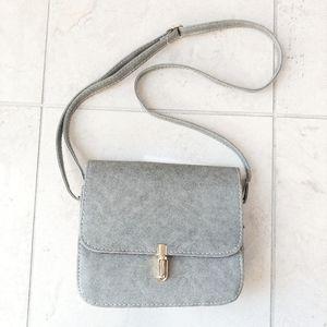 Handbags - 🆕👜 Grey Crossbody Purse Mini Bag Tuck Lock Clasp